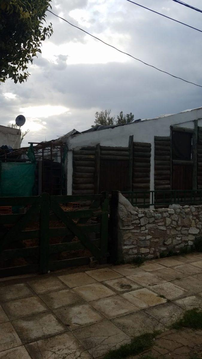 tormenta casa techo volado - Árboles caídos, techos volados y barrios sin luz es el saldo de la tormenta
