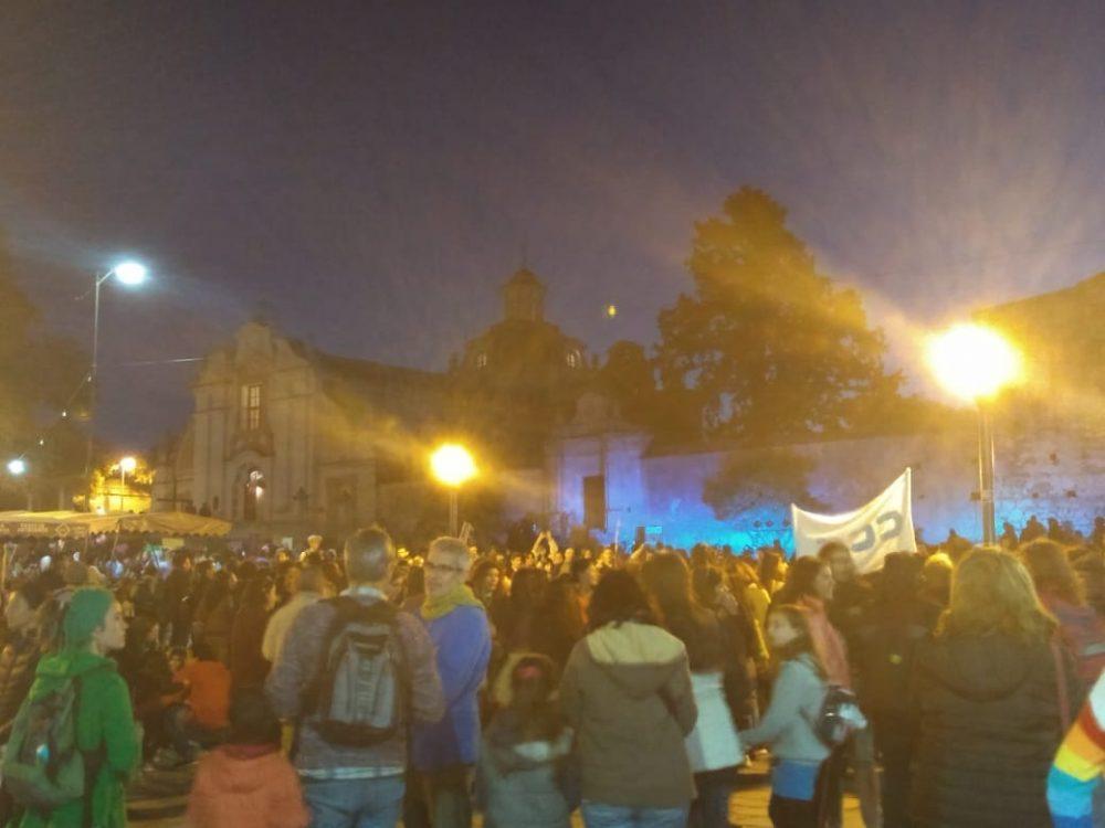 niunamenos iglesia - Multitudinaria marcha de #Niunamenos en Alta Gracia
