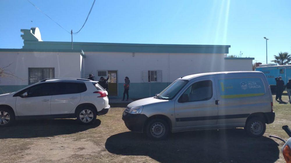 centro testeos paravachasca - Abrió el Centro de Testeos de barrio Paravachasca y llegó una Unidad Móvil de Testeos