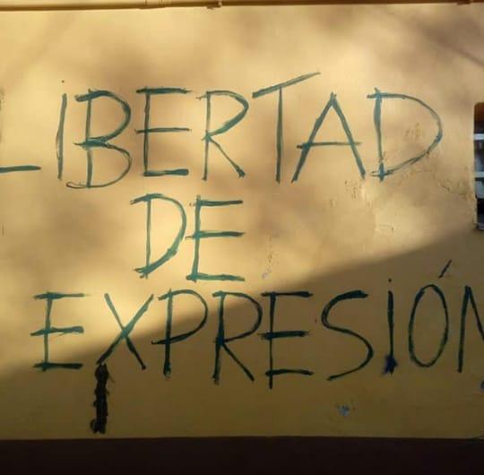 Anisacate Aparecieron Pintadas Contra Docentes Del Juana